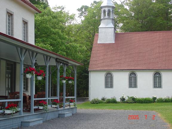 Cliquez pour une image agrandie de la chapelle du Petit Cap